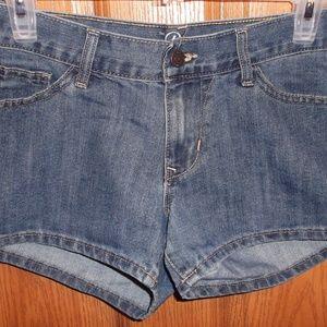 Old Navy The DIVA Blue Wave Denim Shorts Size 4